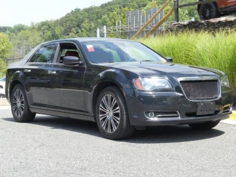 Pre-Owned 2014 Chrysler 300 4dr Sedan 300S AWD
