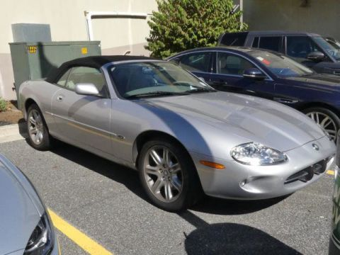 Pre-Owned 2000 Jaguar XK8 2dr Convertible